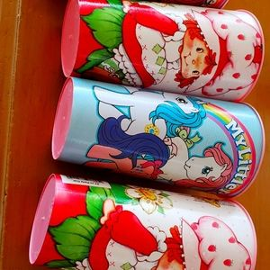 Party cups 32oz. 2 my little pony & 2 strawberry
